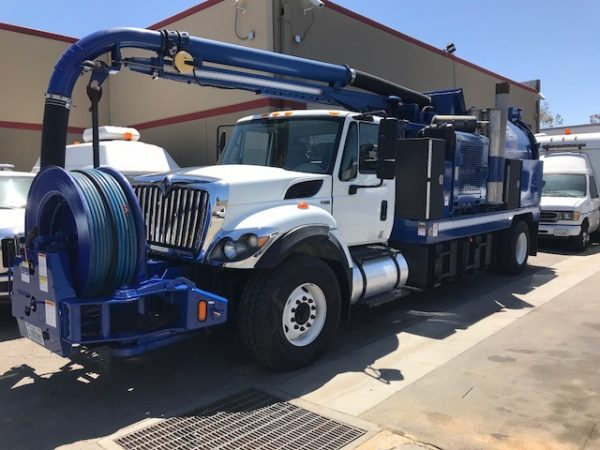 2011 Vac-Con V390 LHA Combination Sewer Cleaning Truck